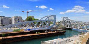 Remorquage du nouveau Pont Sadi Carnot